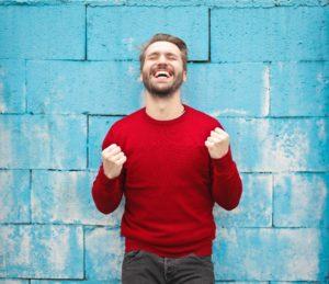 Arcancial - réussite homme qui sourit